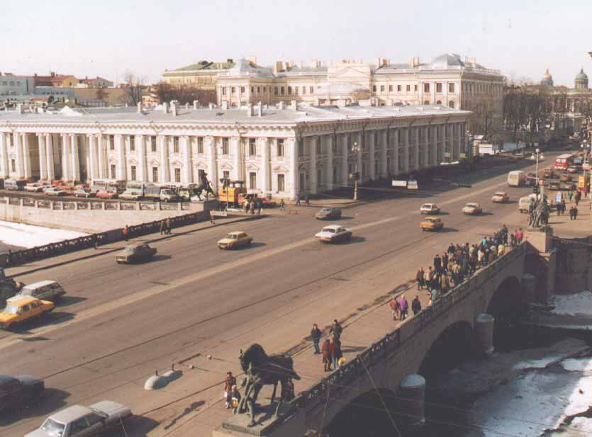 History and views of Imperial Anichkov Palace